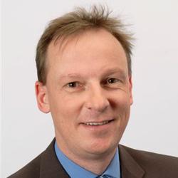 Carsten_Stauffer_Bayer_Headshot
